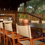 Dining Area at nThambo Tree Camp