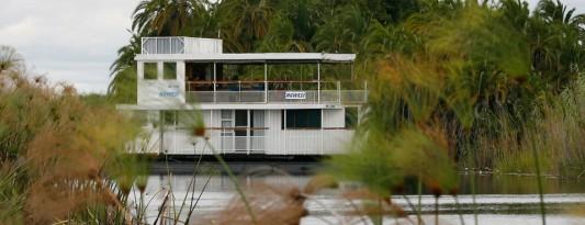 ngwesihouseboat