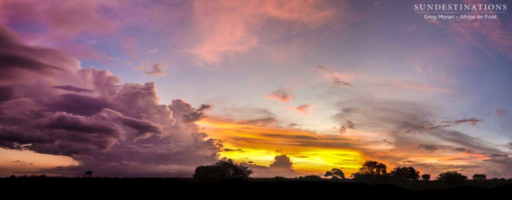 A panoramic explosion of light during a sundowners stop on game drive with Africa on Foot.