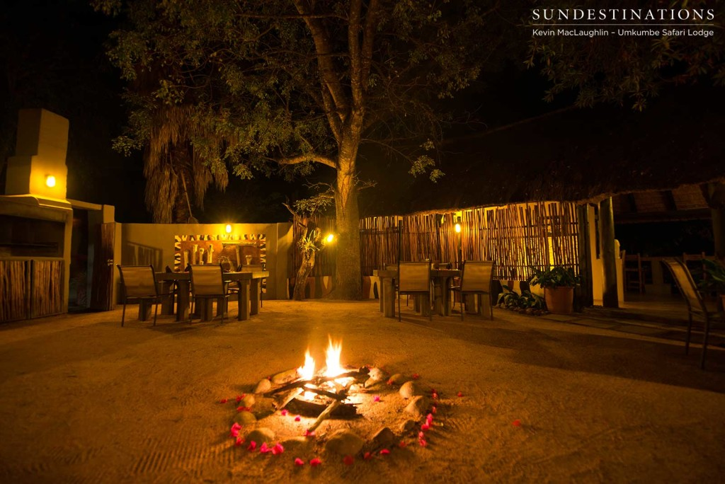 The Umkumbe Safari Lodge boma ready and waiting to receive guests for dinner under the stars