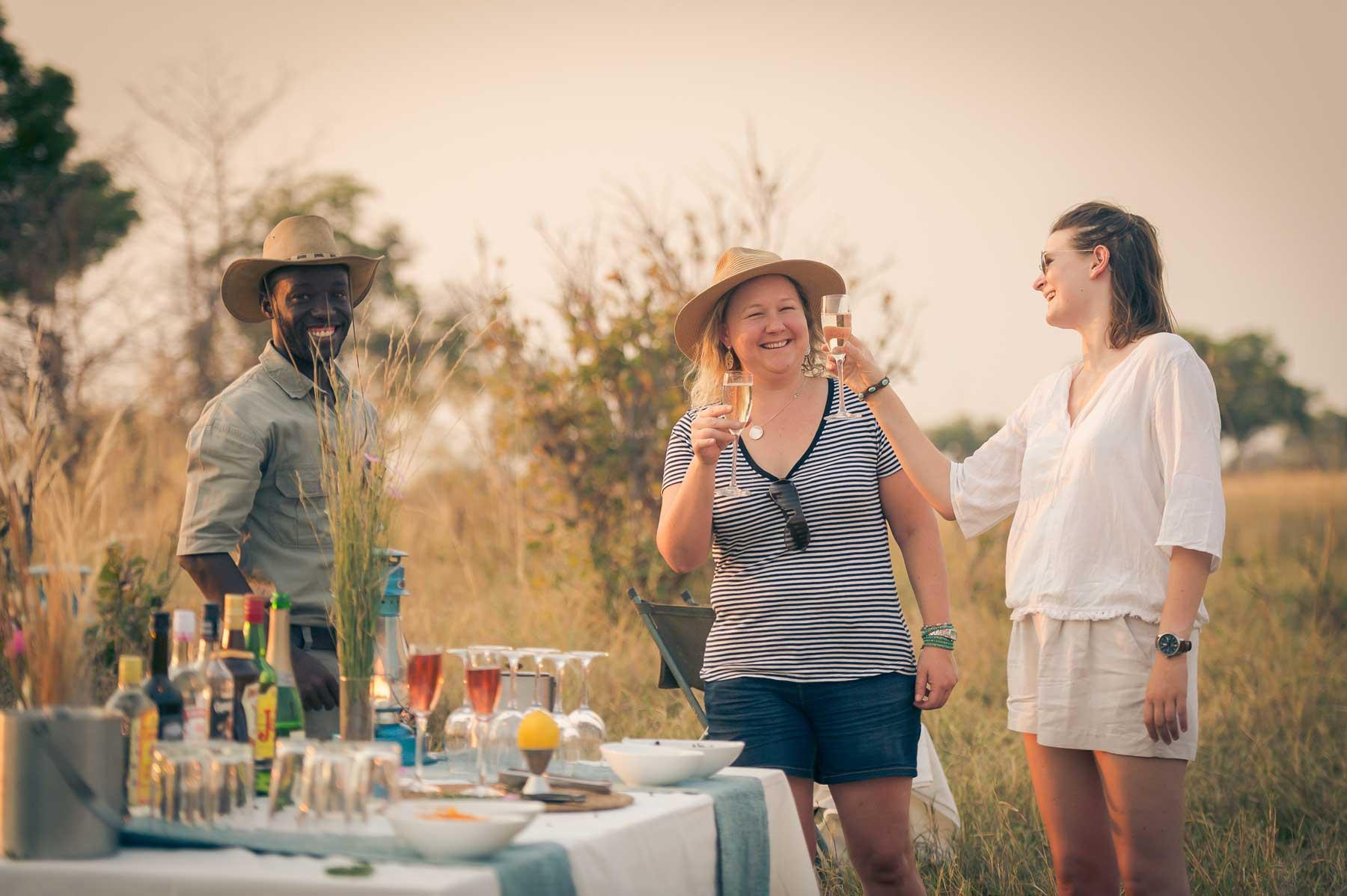 Sundowners : Image by Em Gatland