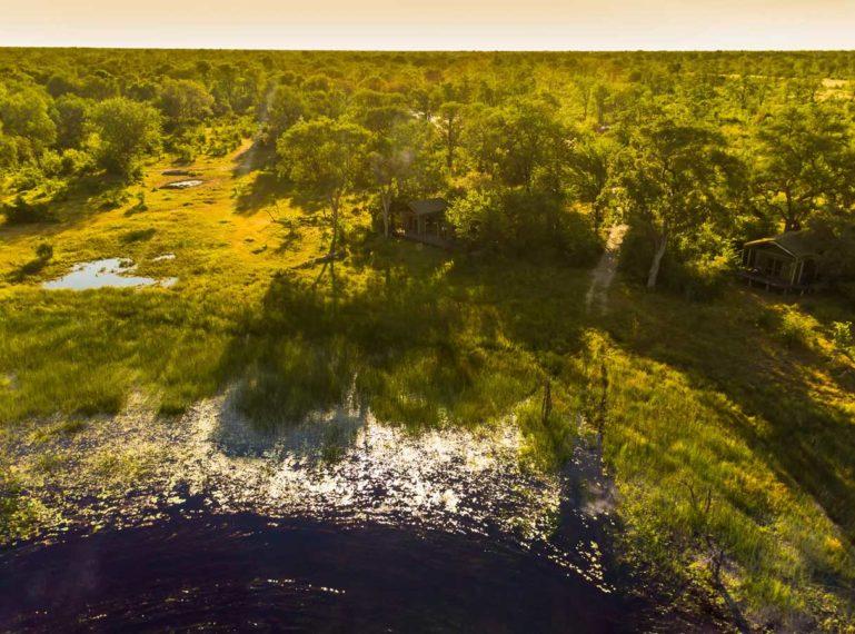 6 Reasons to Visit Motswiri Camp on the Selinda Spillway