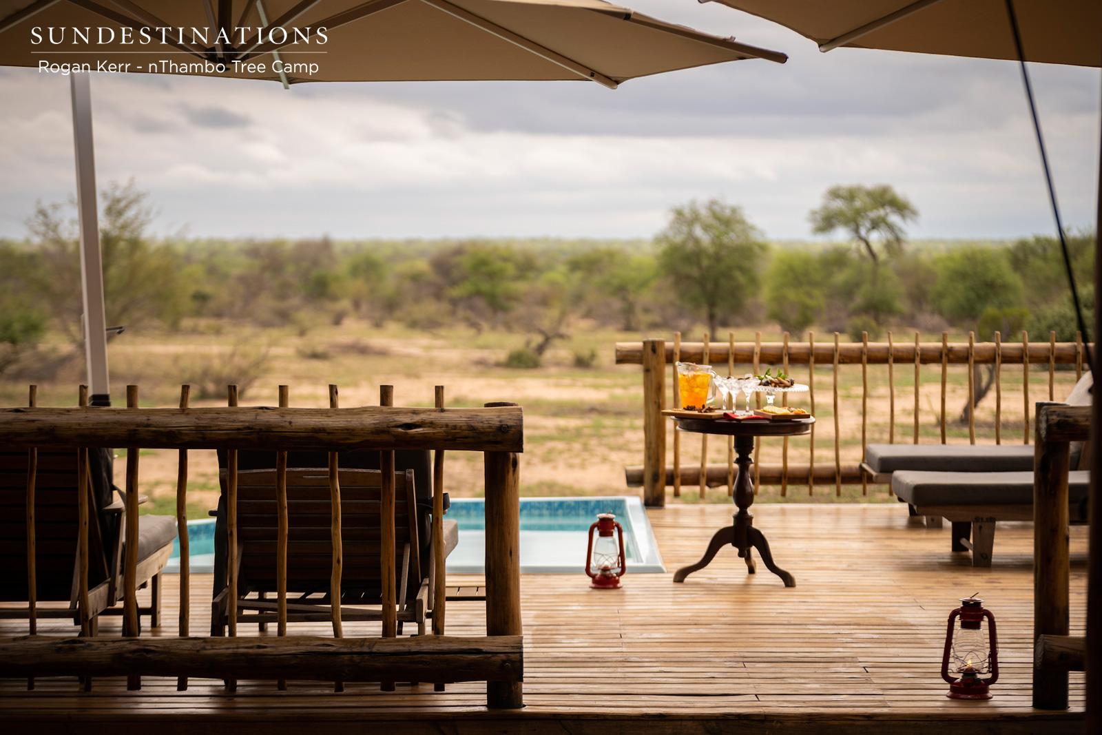 Wooden Balcony at nThambo