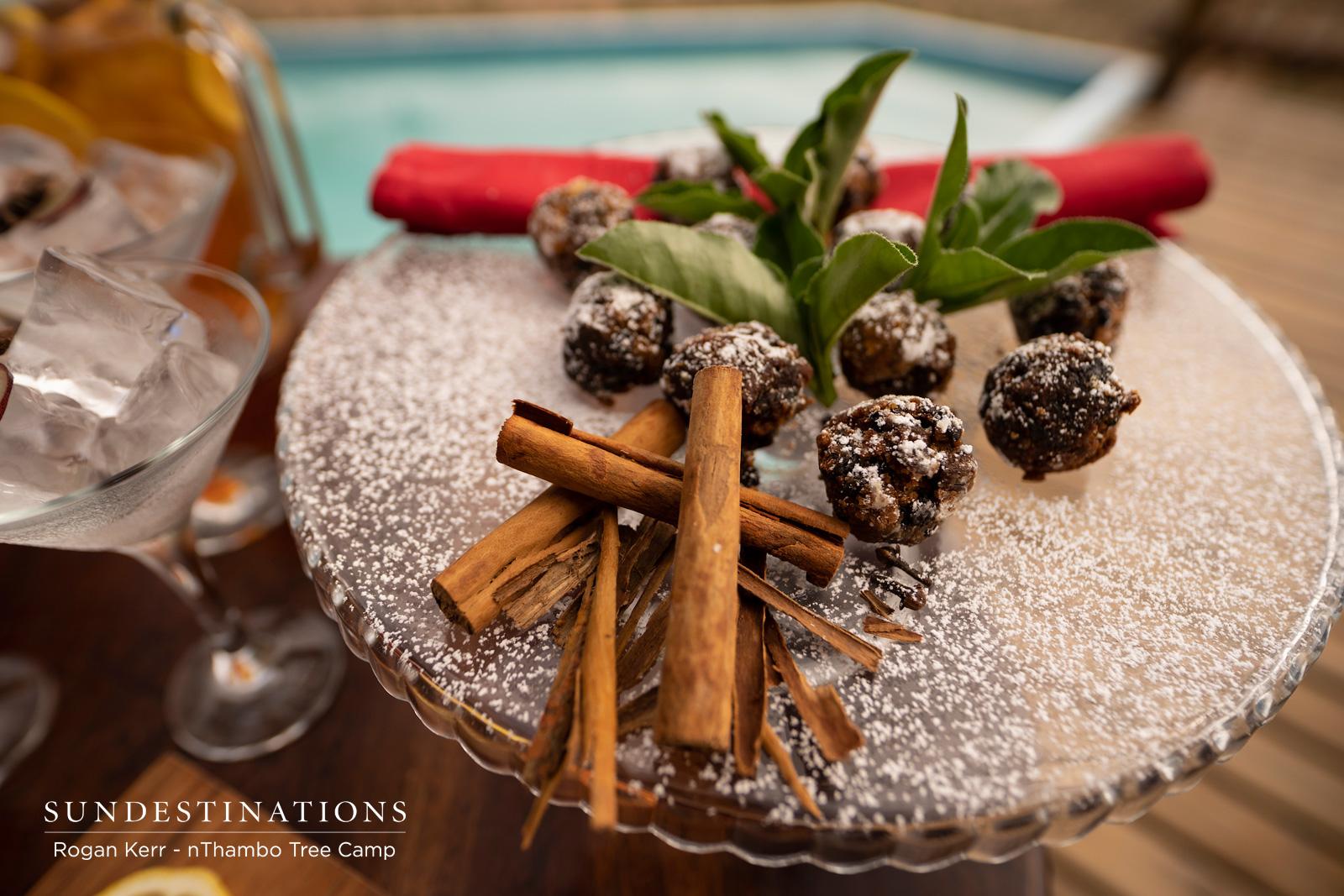 Festive Cocktails in Klaserie
