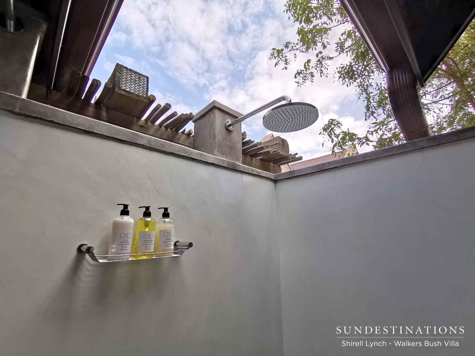 Outdoor Shower at Walkers Bush Villa